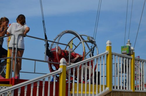 Slingshot on the Jolly Roger Pier